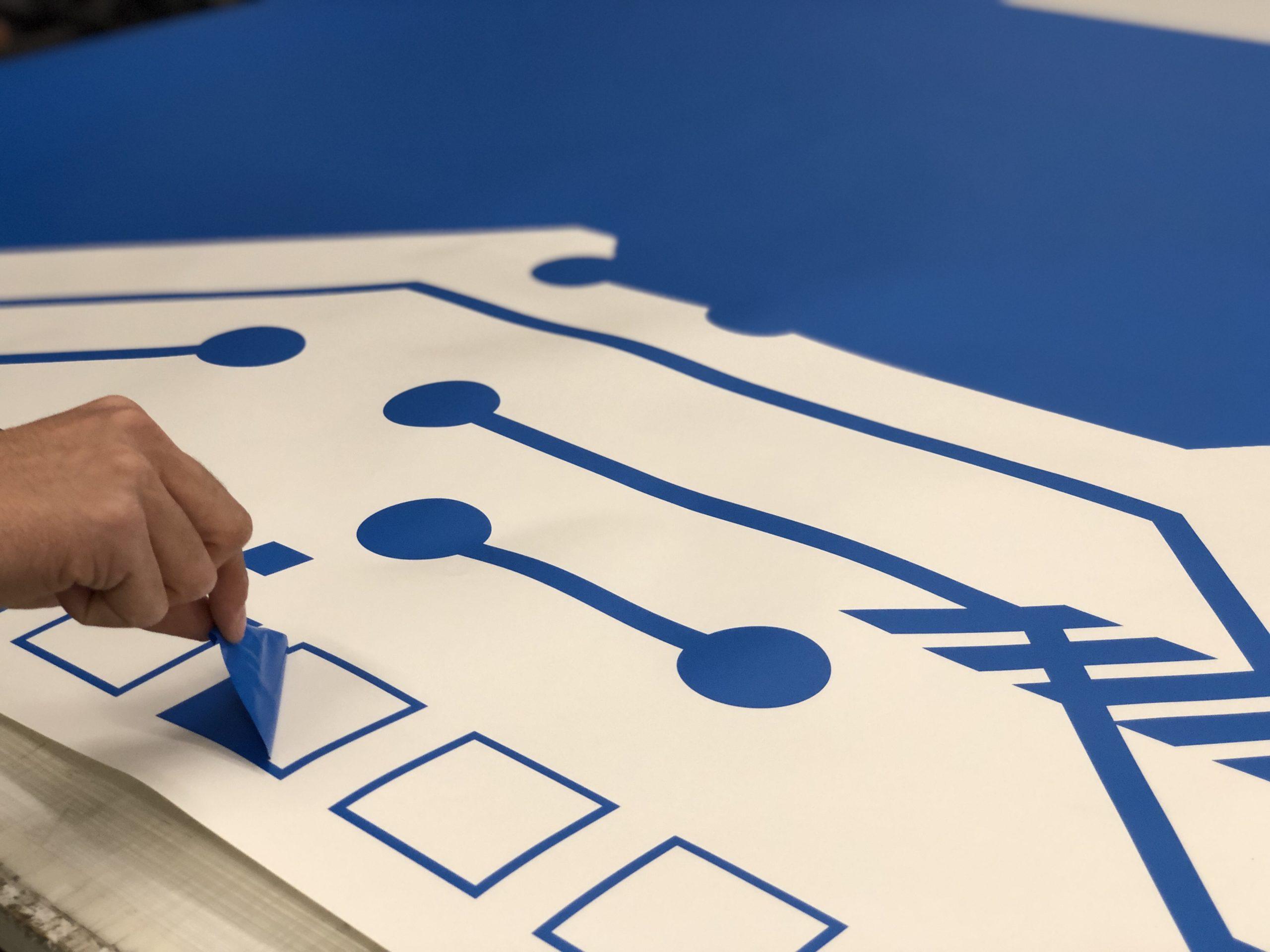 Плоттерная резка, примеры работ компании PrintPro